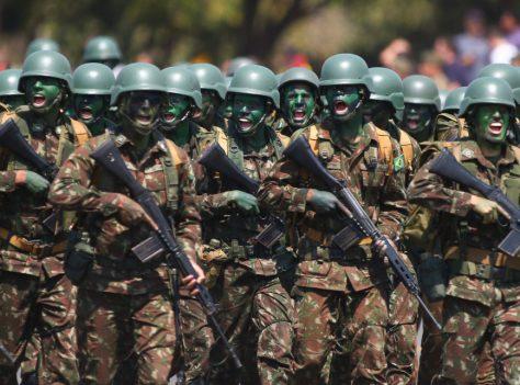 DiaDoSoladado-Militares-JairBolsonaro-HmailtonMourao-SergioMoro-RicardoSalles-Soldados-23Ago2019
