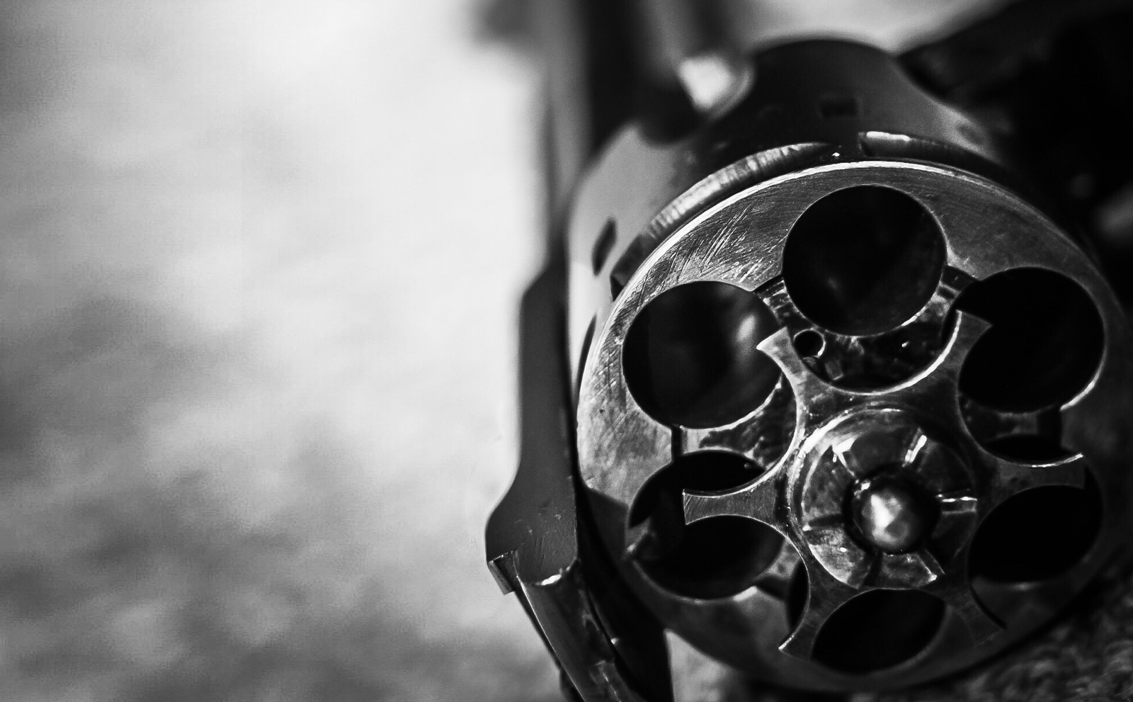 revolver_t20_ne9Lo4
